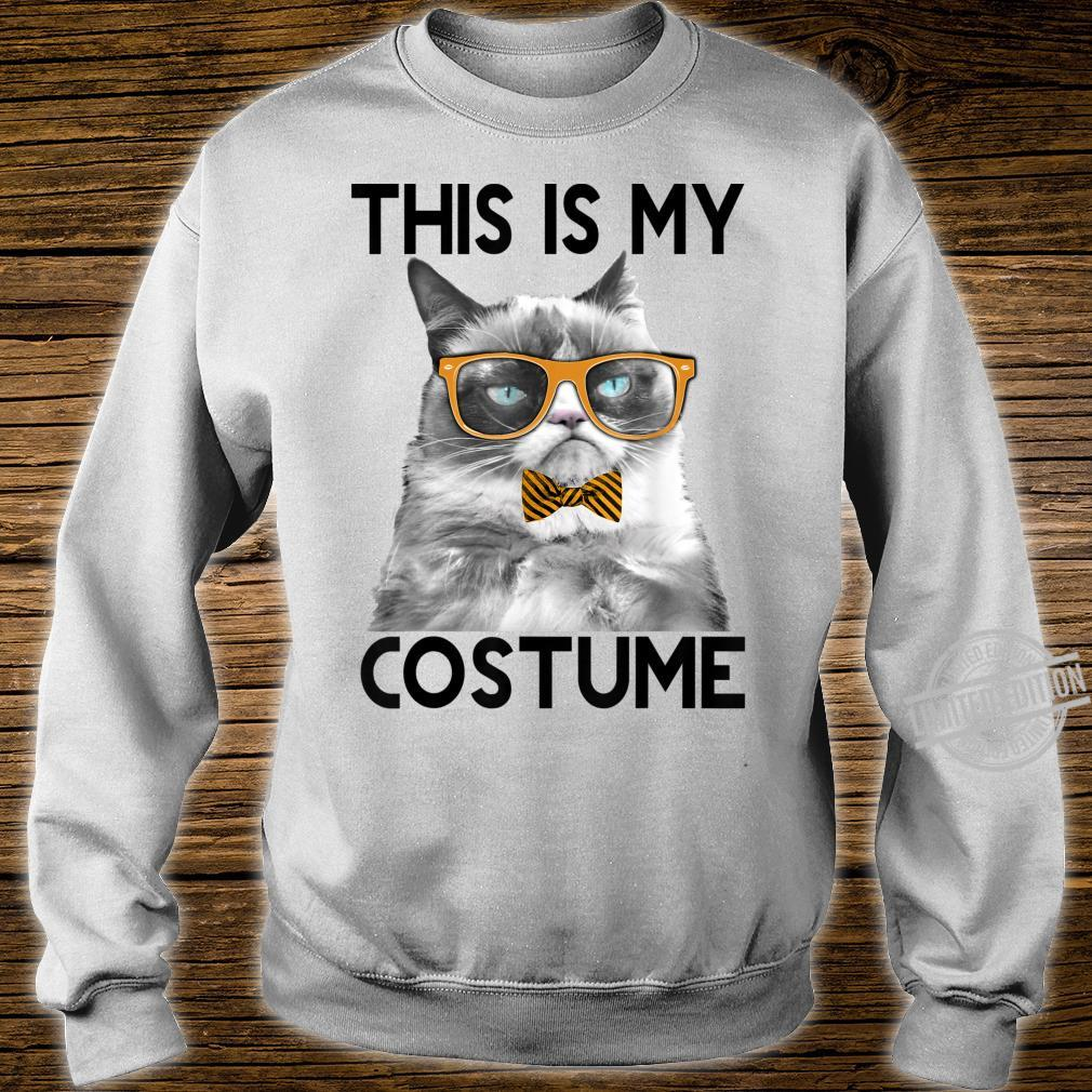 Grumpy Cat Halloween This Is My Costume Bowtie Shirt sweater
