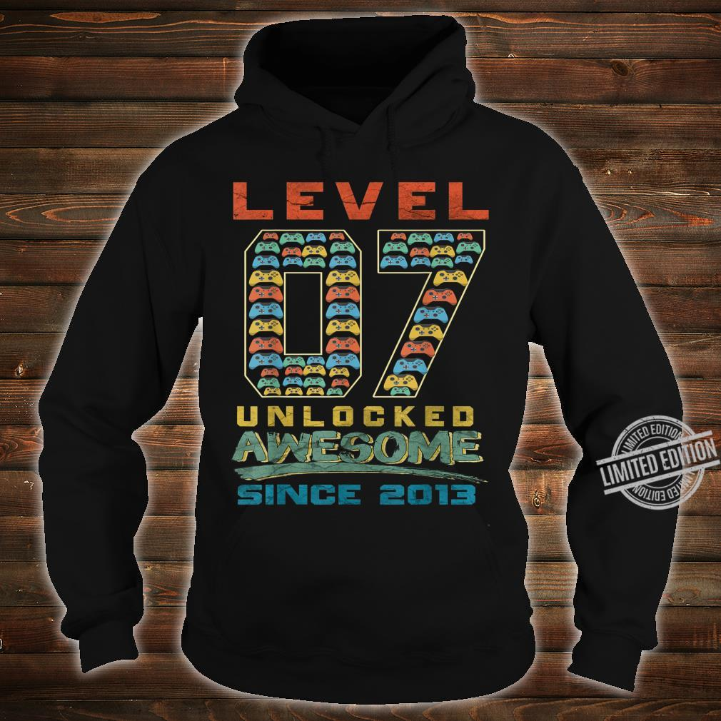 Level 7 Unlocked Awesome Since 2013 Gamer 7th Birthday Shirt hoodie