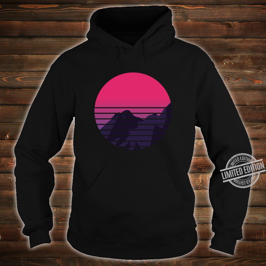 Retro Sunset Mountain Vaporwave Retrowave Aesthetic Clothing Shirt hoodie
