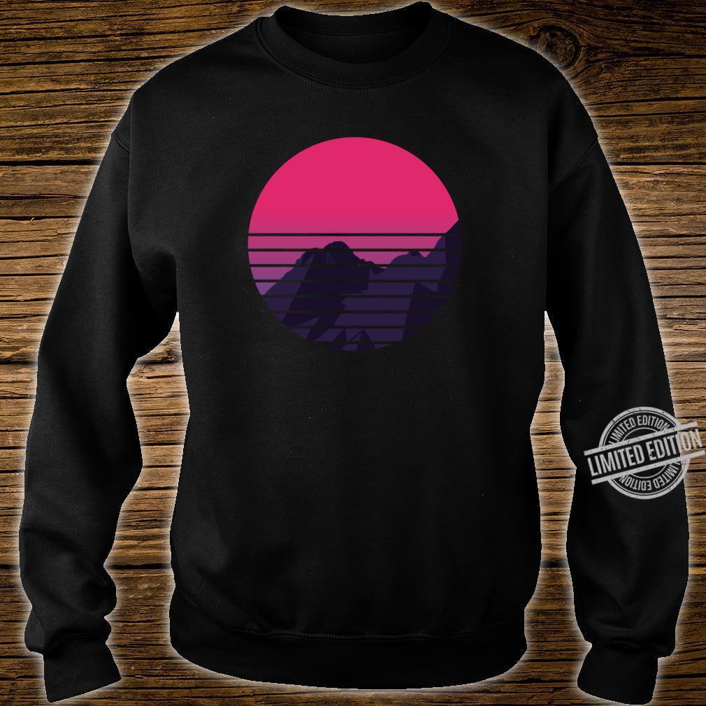 Retro Sunset Mountain Vaporwave Retrowave Aesthetic Clothing Shirt sweater